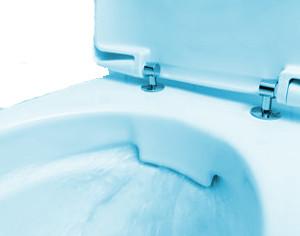 Toilette mit offenem Spülrand